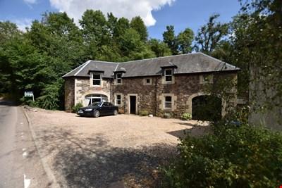 Bein Coach House, Glenfarg PH2 9PY