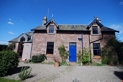 Woodlands Cottage, Woodlands Road, Rosemount, Blairgowrie PH10 6JU