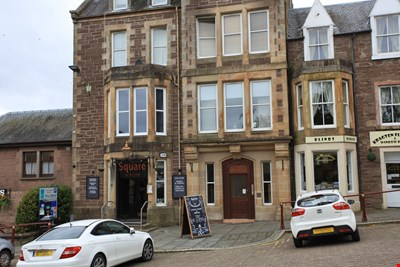 Flat A Strathearn Apartments, 35 James Square, Crieff PH7 3EY