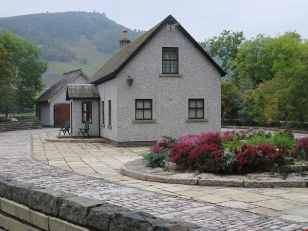 Chestnut Cottage  Killiecrankie