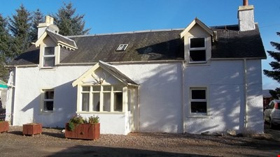 Craigton Farmhouse Cottage, Bridge of Cally PH10 7LH