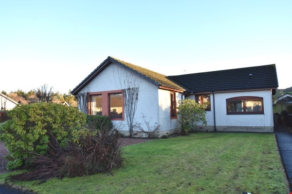 13 Cowden Way Comrie