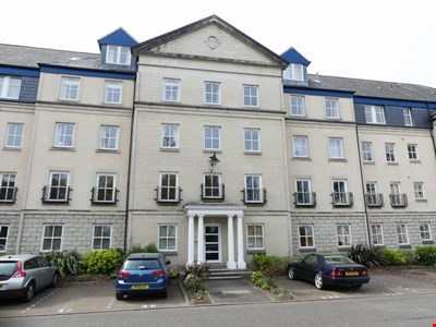 4b South Inch Court, Perth PH2 8BG