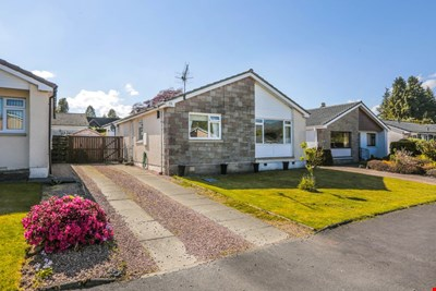 13 Strathview Place, Comrie PH6 2HG