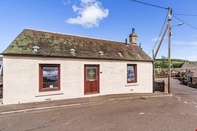 19 Cairnleith Street, Alyth PH11 8BD