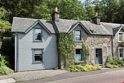 2 Glasdale Cottage, Glasdale, Comrie PH6 2JX