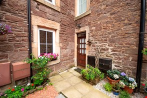 3 Academy Road, Crieff PH7 4AT