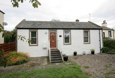 Ruberslaw Cottage, Bank Street, Crieff PH7 3JQ