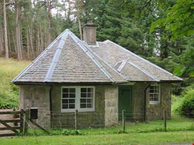 West Lodge, Kindrogan, Enochdhu, Blairgowrie PH10 7PQ