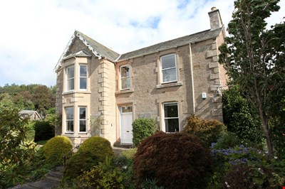 Hillswick, Gordon Road, Crieff PH7 4BL