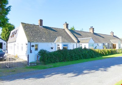 Lanrick Cottage, Muiredge, Errol PH2 7RG