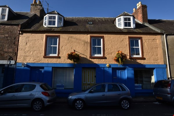 14 Commercial Street Coupar Angus