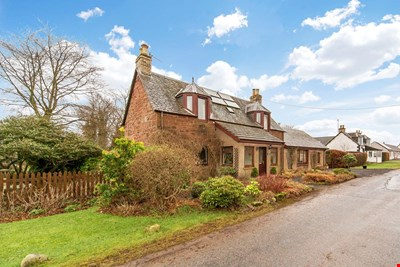 Balcraig Cottage, 8 Old Church Road, Wolfhill PH2 6TR