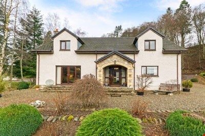 Dalshian Farmhouse, Dalshian, Pitlochry PH16 5TD