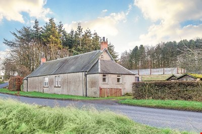 2 Loan of Errol Cottages, Loan Brae, Errol PH2 7RA