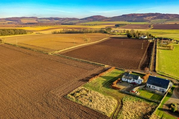 Land 20 metres north east  of Cairn Cottage Kinnochtry Coupar Angus