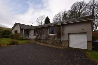 Rosebank, Duncrievie Road, Glenfarg PH2 9PA