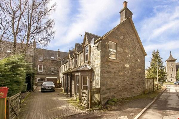 Oakwood Cottage, 2 St Marys Road Birnam