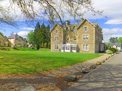 6 Pinel Lodge, Murthly PH1 4ES