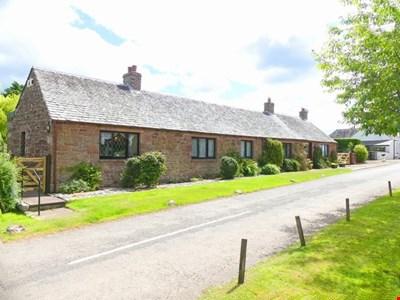 Alexandra Cottage, 3 Caroline Place, Wolfhill PH2 6TJ