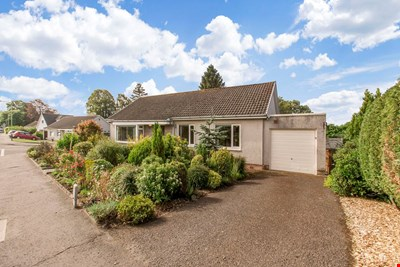 9 Spoutwells Drive, Scone PH2 6RR