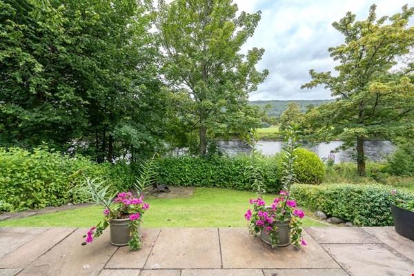 14 Aldour Gardens Pitlochry
