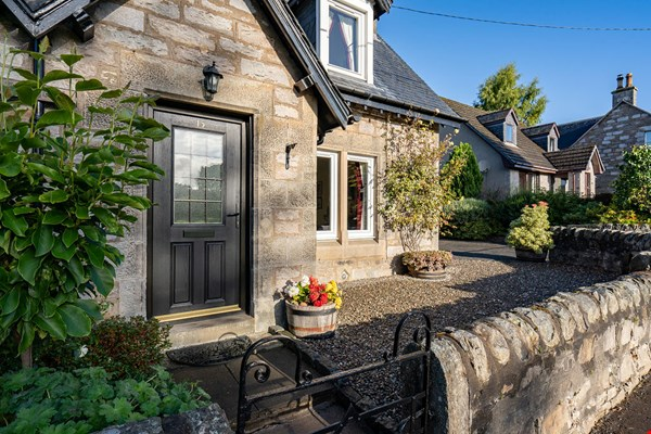 15 Tom-na-Moan Road Pitlochry