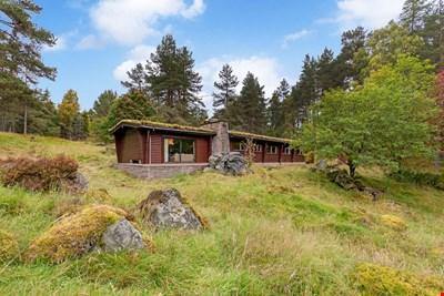 Elfin Lodge, 3 Glen Derby, Kirkmichael PH10 7NA
