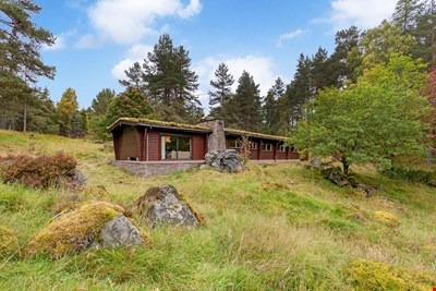 Elfin Lodge, 3 Glen Derby, Kirkmichael PH10 7NA