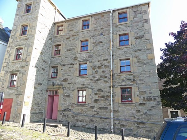Flat 2 Level 3 The Granary Perth