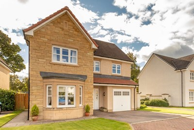 8 William Geddes Place, Blairgowrie PH10 6FE