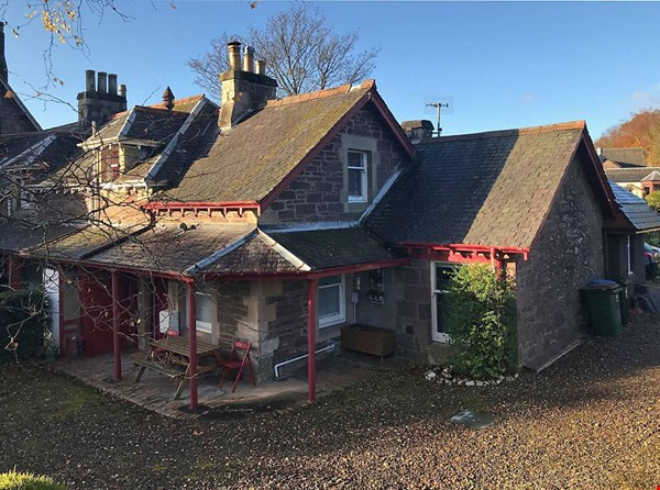 3 Donavourd Cottages  Connaught Terrace  Crieff
