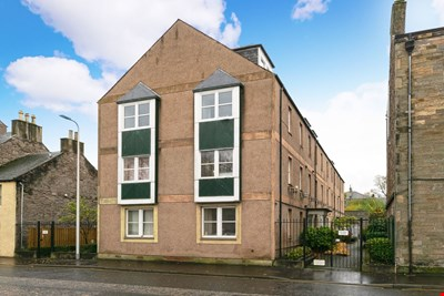 Flat 4 Victoria Mews, Perth PH2 8LW