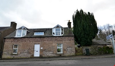 Thornhill Cottage, 56 Feus, Auchterarder PH3 1DG