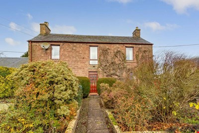 Yew House , New Alyth , Blairgowrie  PH11 8NL