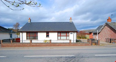 Rosebank Cottage, Main Street, Spittalfield PH1 4JX