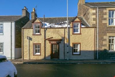 Kilgour Cottage, Burrell Street, Comrie PH6 2JP