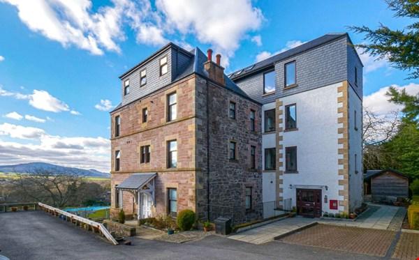 Flat 4 Benheath House  Gwydyr Road Crieff