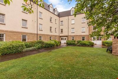 19 Rosslyn Court, Rosslyn Avenue, Perth PH2 0GY