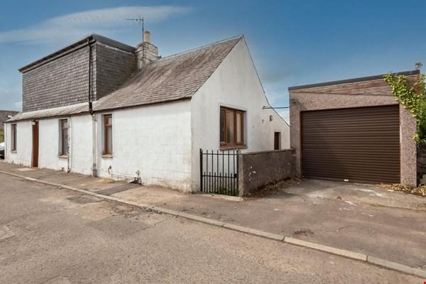 Hawthorn Cottage Yeaman Street Rattray, Blairgowrie