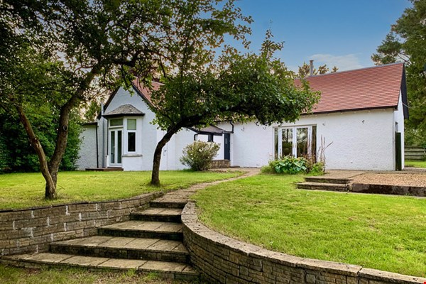 Strawberrybank, Golf Course Road Blairgowrie