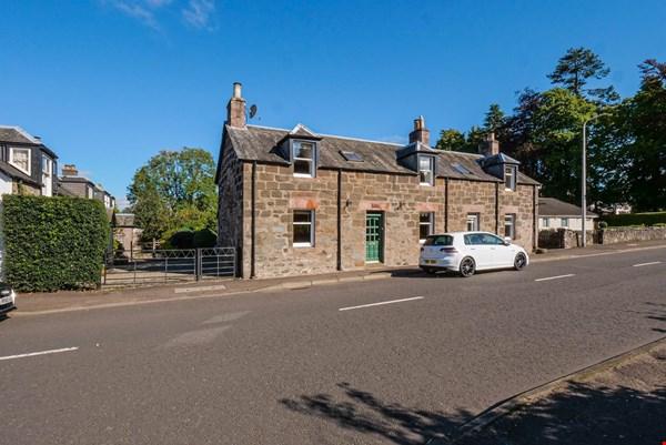 Heath Cottage Dalginross Comrie