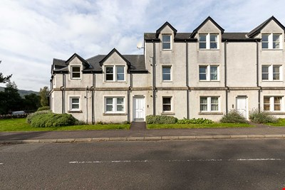 8 Dean Court, Tom-na-Moan Road, Pitlochry PH16 5NW